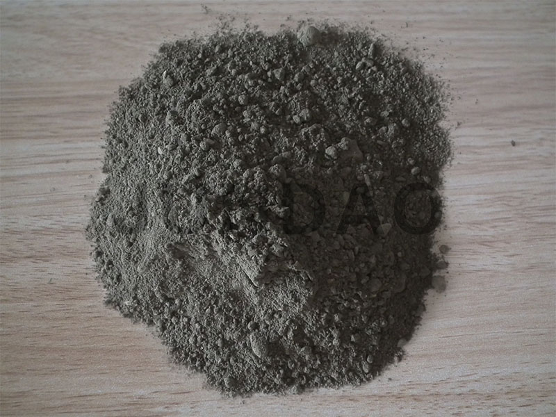 Refractory castable for metal mixer